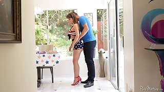 Fantastic MILF with perfect curves Emily Addison gives BJ and enjoys riding dick