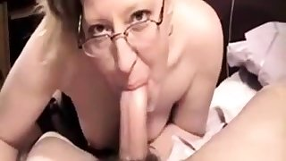 Amateur MILF with glasses of the first water deepthroat