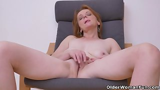 Euro milf Alex not in a million years fails yon impress with her big tits