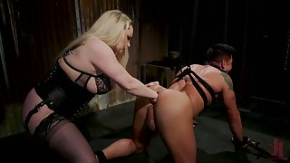 Heavy mistress Aiden Starr puts on a big strapon and fucks submissive