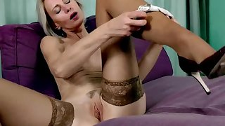 45 Domain Old Housewife Artemia Solo Masturbate