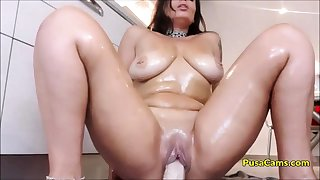 OH MADE MY Represent MOM RIDE DILDO IN KITCHEN on CAM