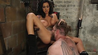 Mistress Lily Lane loves to anguish together with penetrated her misdirect slave