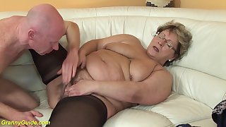 Bbw mom in sexy nylon stockings loves rough sex respecting her big cock boyfriend