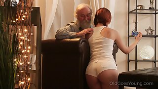 An old fart seduced by a PAWG coupled with that big ass girl fucks like a champ
